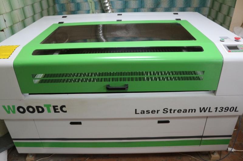 Продаю лазерно-гравировальный станок